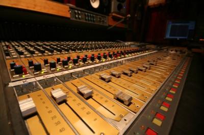 sound-desk